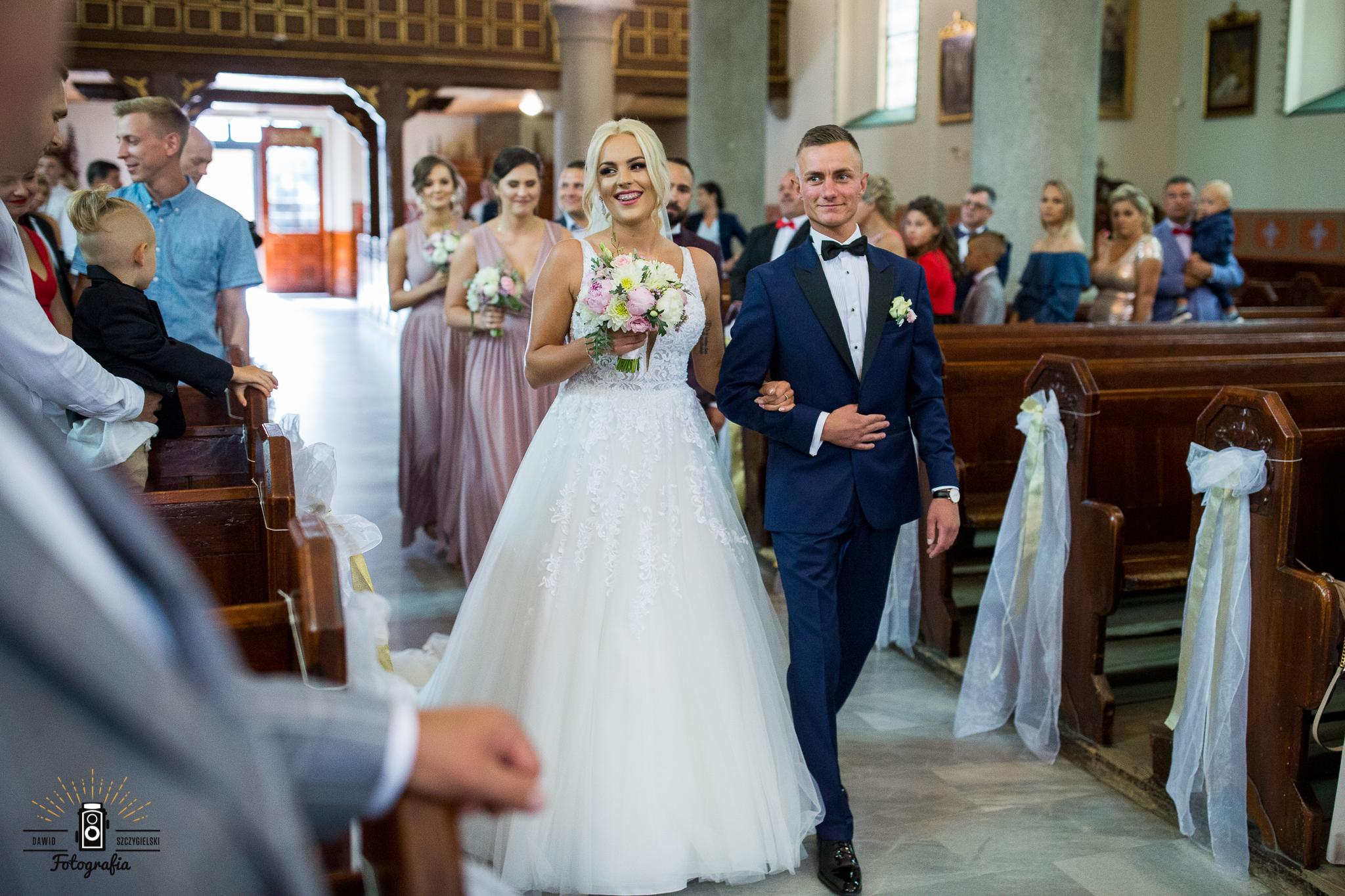 Natalia i Maciej ślubnie.